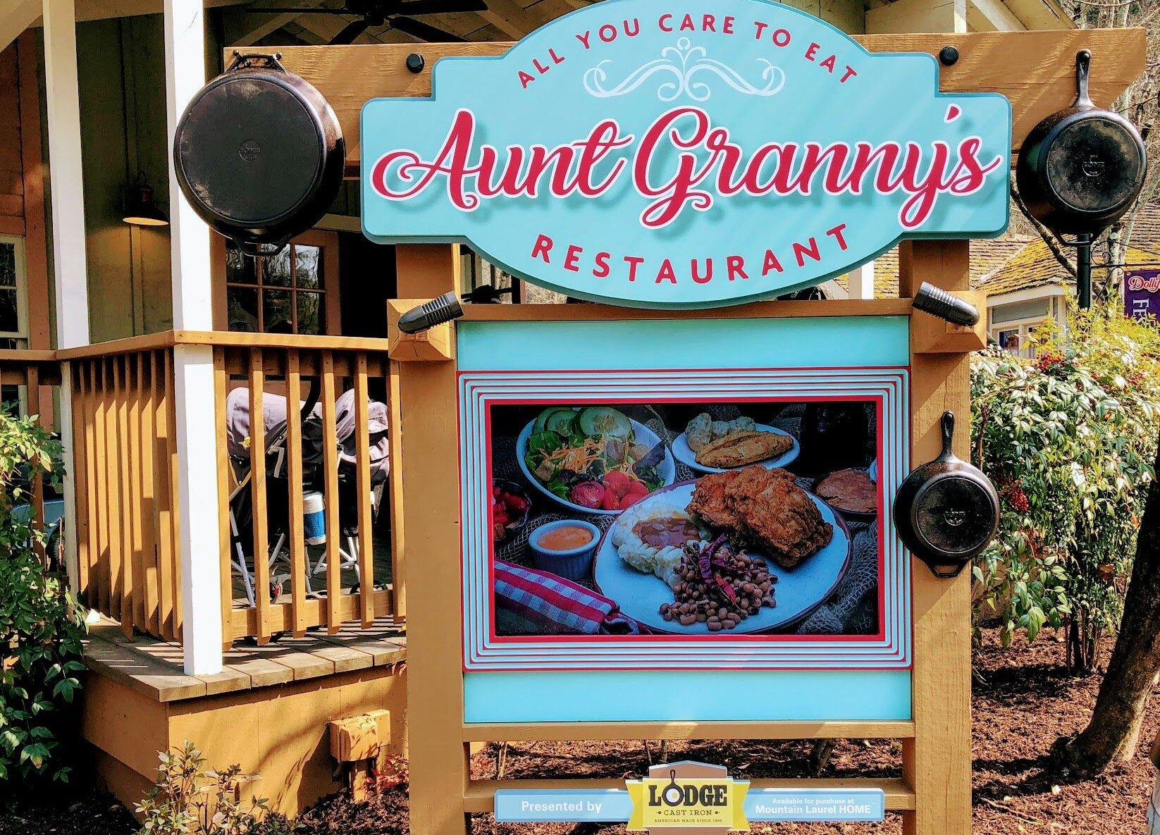 Marvelous Cast With Love Explore The New Aunt Grannys Restaurant Home Interior And Landscaping Transignezvosmurscom