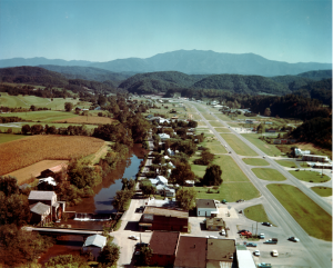 Pigeon Forge History, Parkway